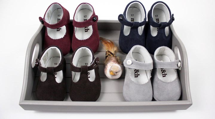SUEDE BABY SHOES 21€