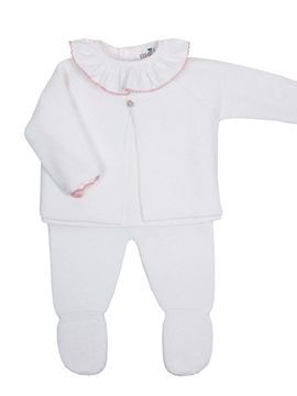 White knit baby look