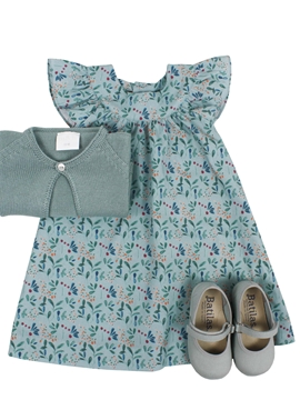 Victoria dress look in green pattern