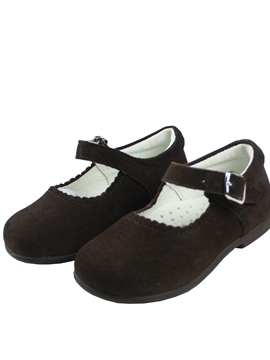 Girl suede shoes in brown