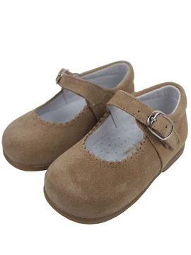 Girl shoes beige